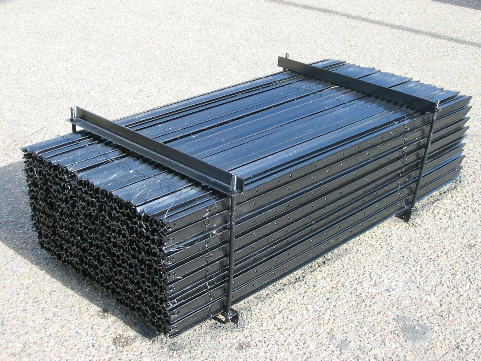 Black Steel Star Posts 1350mm