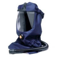 SUNDSTROM SR530 - Supplied-Air Hood with Hose - Click for more info